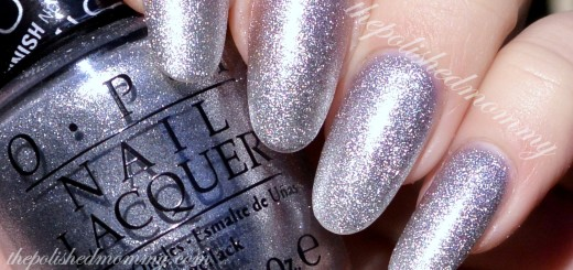 OPI This Gown Needs a Crown-003