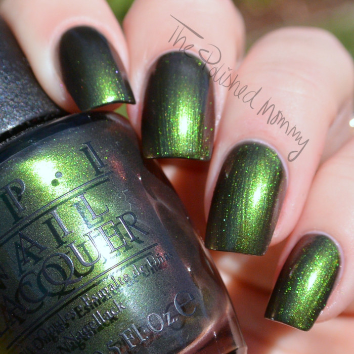 opi green on the runway-002