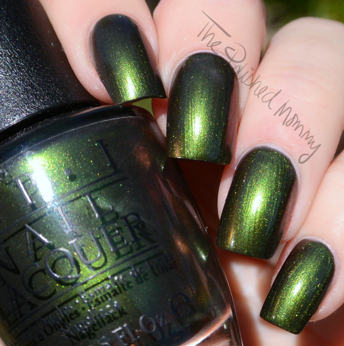 opi green on the runway-003